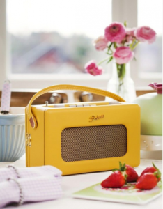 Retro kitchen radio