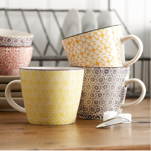 Retro kitchen vintage style mugs