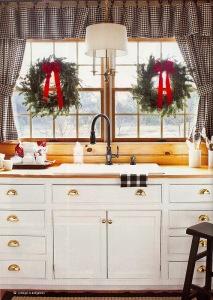 Christmas wreaths Kitchen decorations